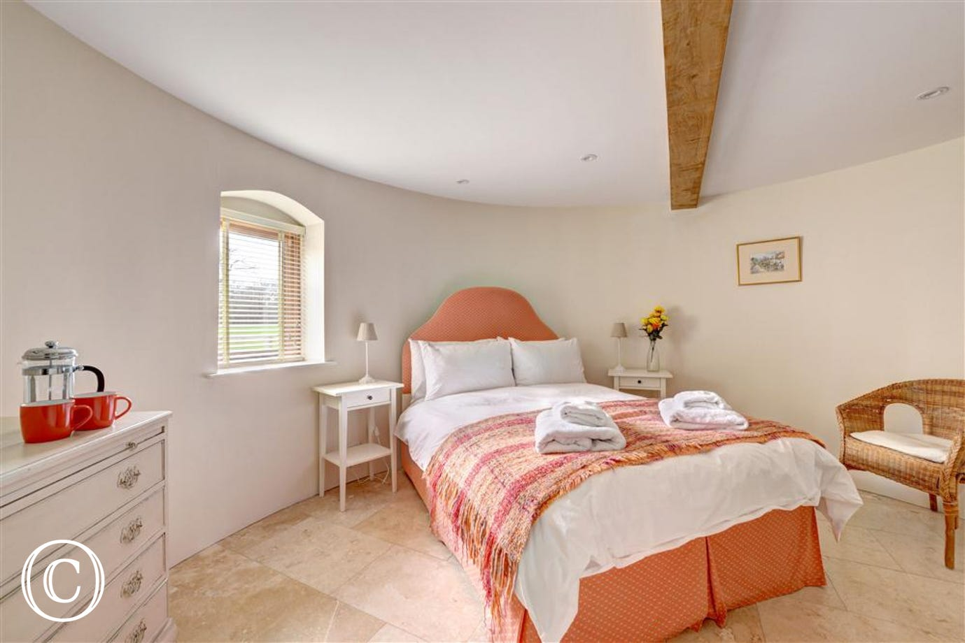 Double bedroom in the circular oast roundel, situated downstairs